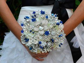 Bouquet en Cristales y Joyería -- Fotografía: Noaki Jewelry