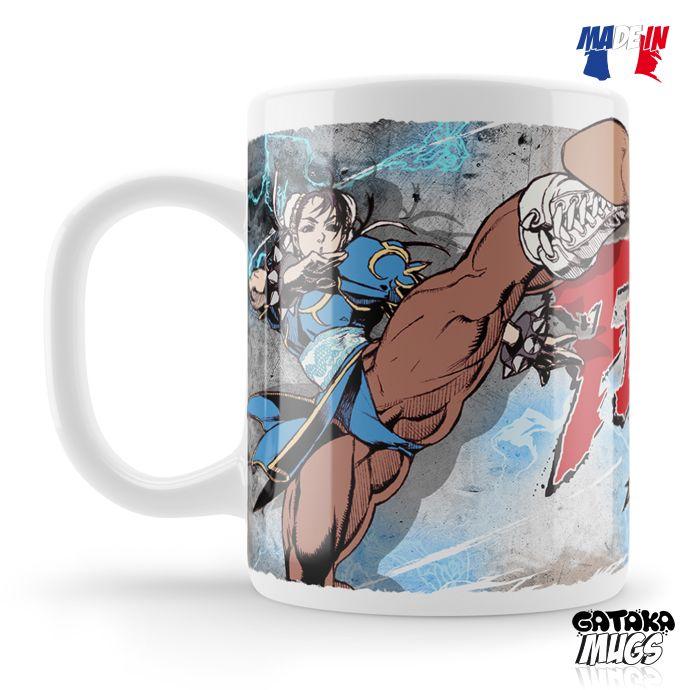 Le combat continue avec ce mug à l'effigie de la célèbre Chun Li dans une lutte effreinée contre le terrible Sagat...