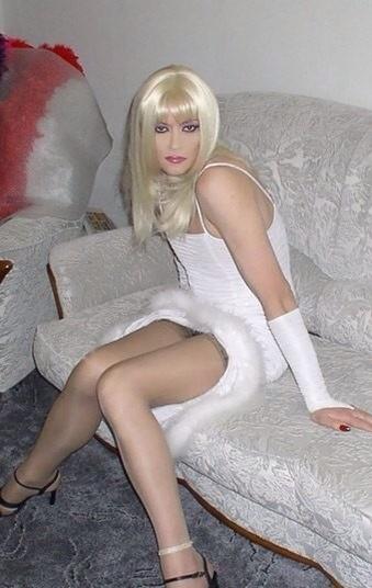 Порно тема услуги трансвеститы девки с членами трахнул девушку пикнике