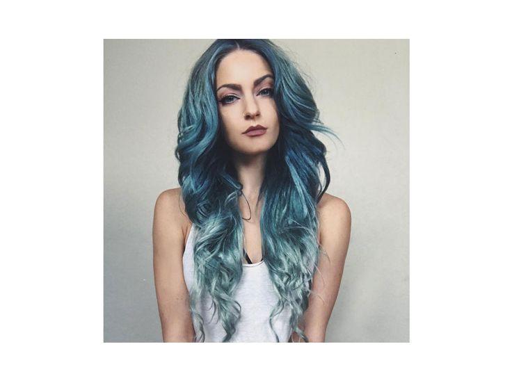 capelli sfumati turchesi