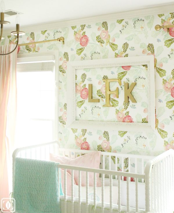 I know it's for a nursery, but so cute in any girls room.