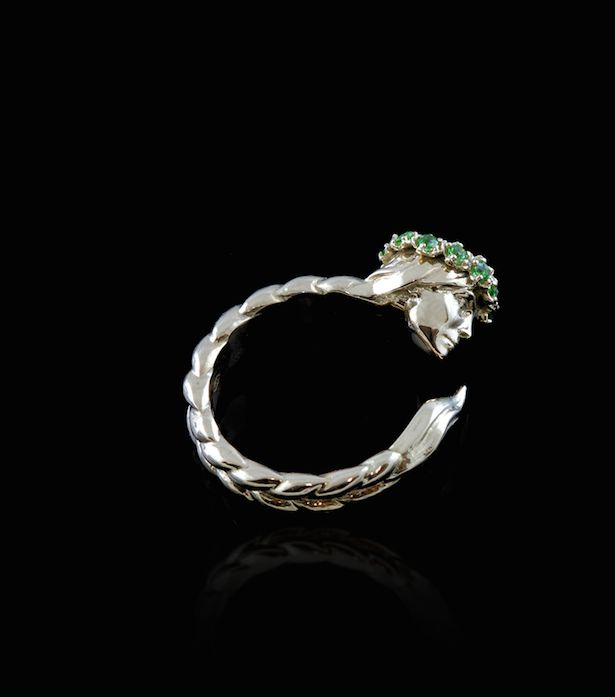 Slavic Woman Ring #slavic #gold #18kgold #womanring #facering #crown #flowers #gemstones #finejewellery #annalubomirska