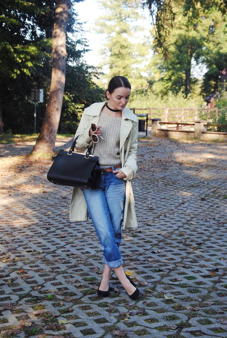 Dominika Krzyszkowska: 28/09/16 #classy #sexy #autumn #fashion #boyfriendjeans #jeans #boyfriend #heels #blackbag #blackpurse #coat #sweater