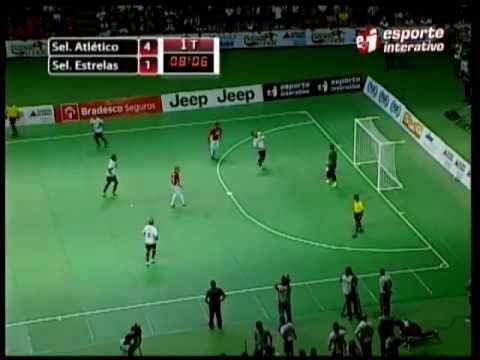 Falcão faz Gol inacreditável em jogo das estrelas de Futsal, domínio espetacular e passe genial