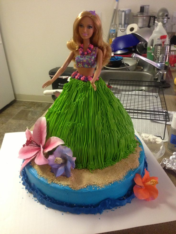 Hawaiian luau hula girl cake