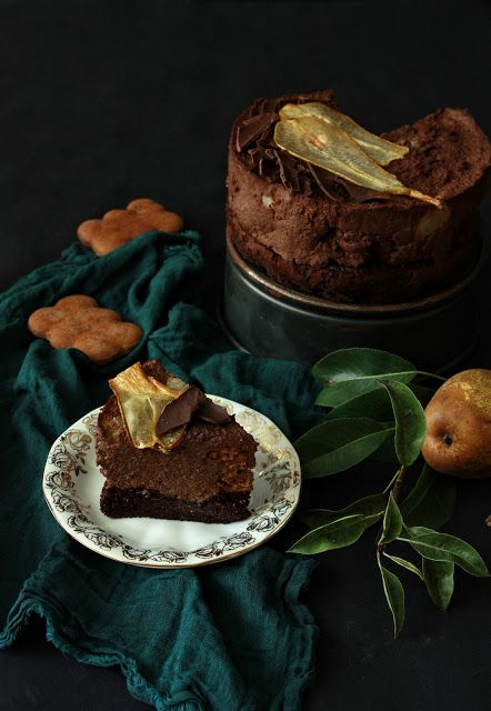 Millet chocolate cream cake with peard and gingerbread