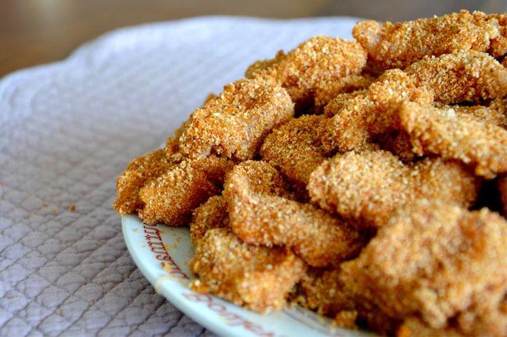Recette de nuggets de poulet au Thermomix TM31 ou TM5. Réalisez ce plat principal en mode étape par étape comme sur votre appareil !