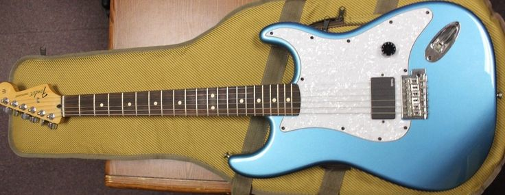 FENDER Stratocaster Mexican Blue Sparkle #sparkle #blue #mexican #stratocaster #fender