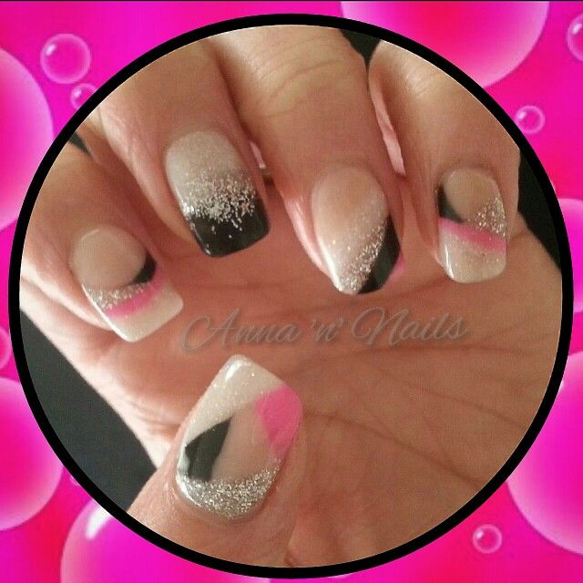 #surmanti #acrylic #executivepink #nude #moondance #softwhite #gatesofheaven #silver #blackdiamonds #black #youaresafe #pink #allacrylic #nogelpolish #5colournails #happyclient #annannails