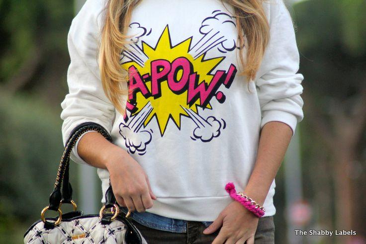 Comic print sweater
