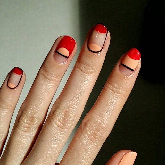 Red, Orange and Negative Space Nails | Geometric Nail art | Nail design | Unhas Decoradas com Meia lua | Unhas Geométricas | Nail Polish