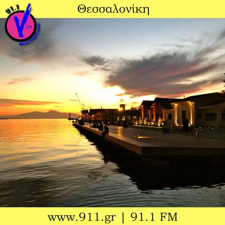#Thessaloniki #paralia #limani #port #Sea #sun #sunset #colours #orange #blue #black #filter #photography #Vfm911 #vfm #911 #Radio #skg