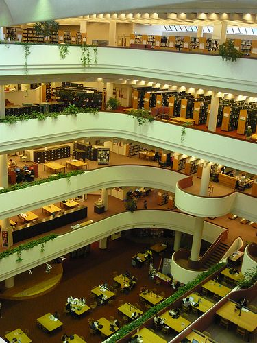 Toronto Reference Library. Studied here many times.