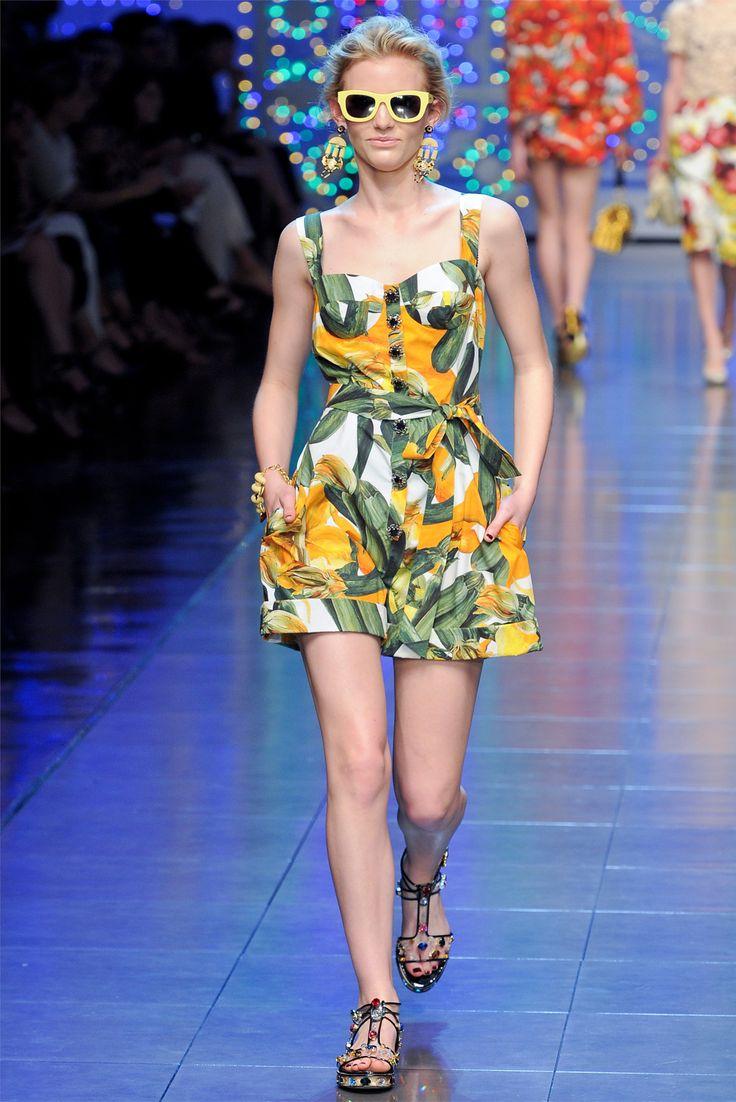 Dolce & Gabbana (MVM: Samantha Gradoville) – Milan Fashion Week Spring Summer 2012