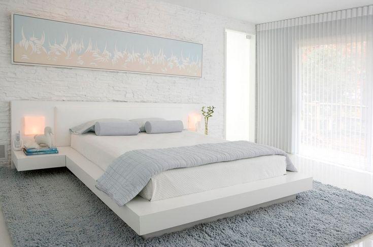 Спальня в цветах: желтый, серый, белый, сине-зеленый. Спальня в стиле минимализм.