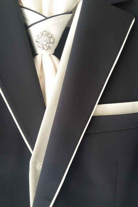 Luxusný modrý oblek svadobný salon Valery, svadobný oblek, modrý oblek