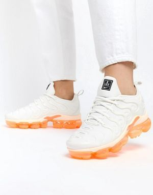 best loved 97de1 273fd Nike Multi Orange Air Vapormax Plus Trainers