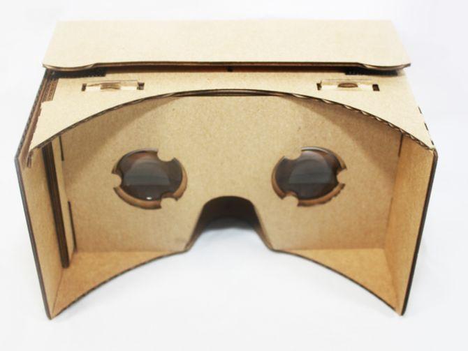 Google Cardboard gets Street View (VR)