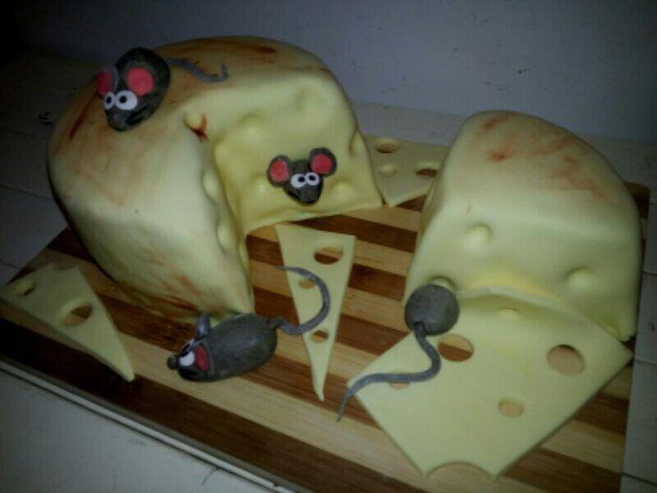 torta groviera con topini