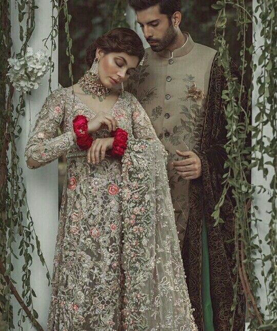 Pakistani bride and groom outfits by Élan.