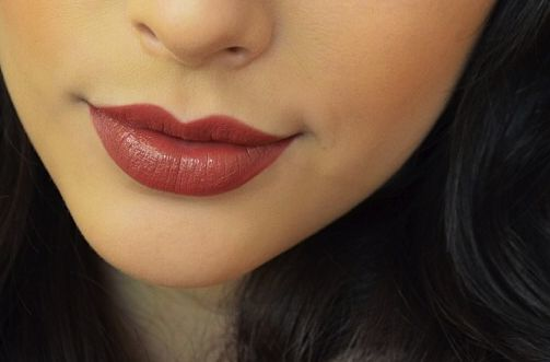neutrogena rum raisin lipstick