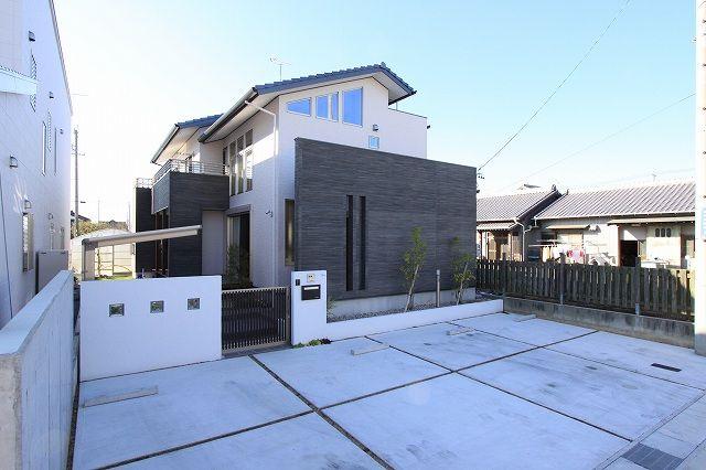 外観集 シンプルモダン 洋風の家 モダンハウスの外観 住宅