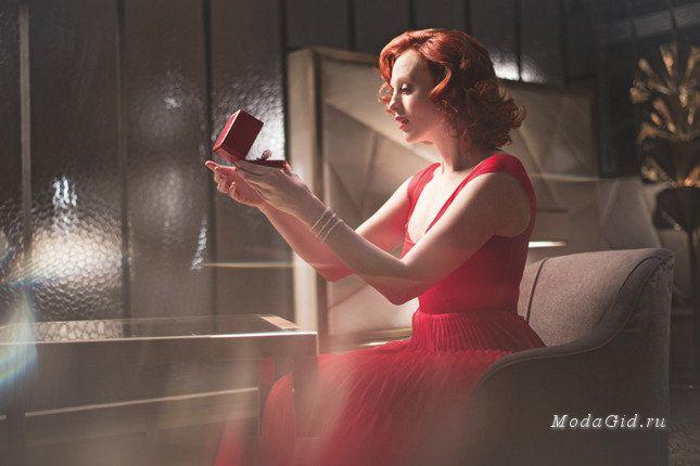 Модные новости: Рождественская рекламная кампания Cartier с участием Карен Элсон