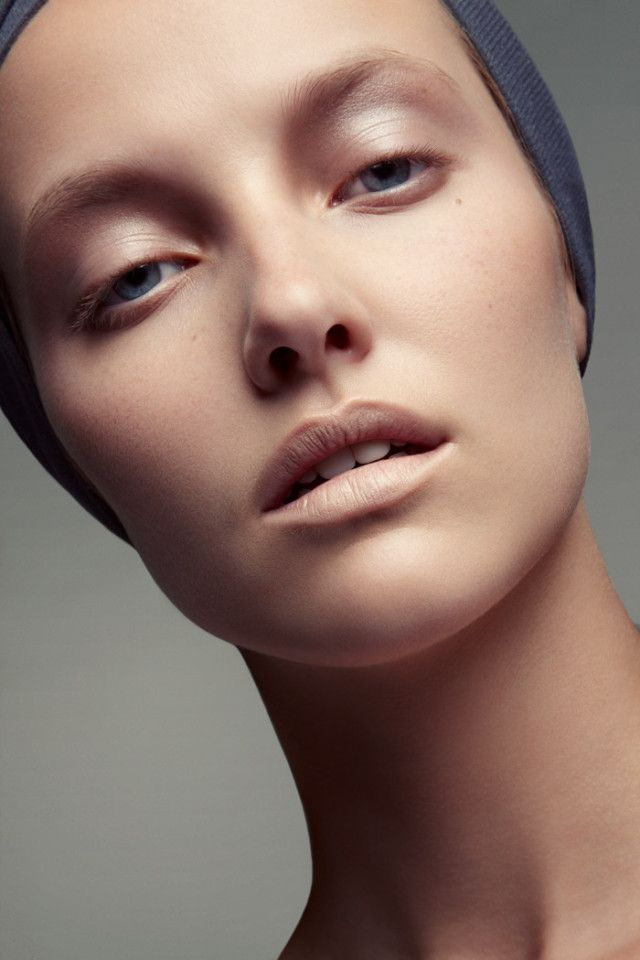 Emily Van Raay Poses in Beauty Snaps by Jeff Tse | Fashion Gone Rogue: The Latest in Editorials and Campaigns