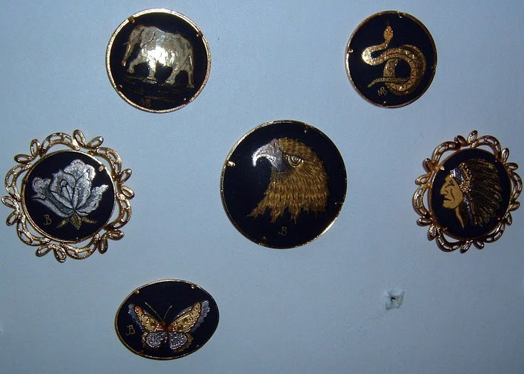 Damascene Buttons by Mario Ballesteros: Collector Note, Hammered Buttons, Button Collectors, Buttons Marked, Mario Hand, Damascene Buttons, Buttons 2