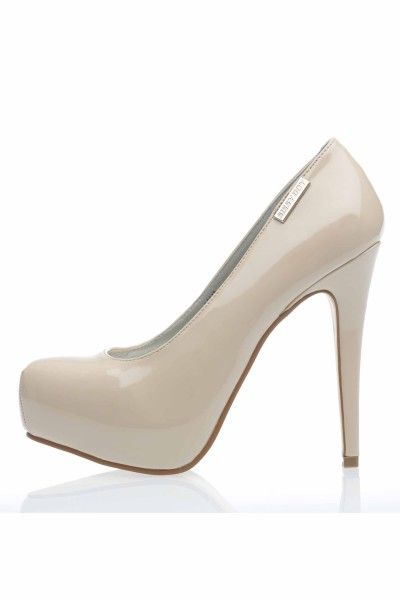 Pierre Cardin Ladies White And Tan Shoe