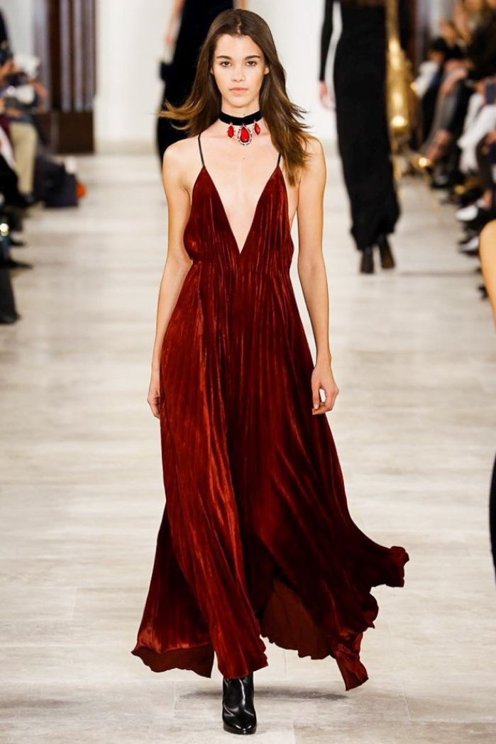 Ralph Lauren's fall-winter 2016 runway show featured a velvet dress with a…