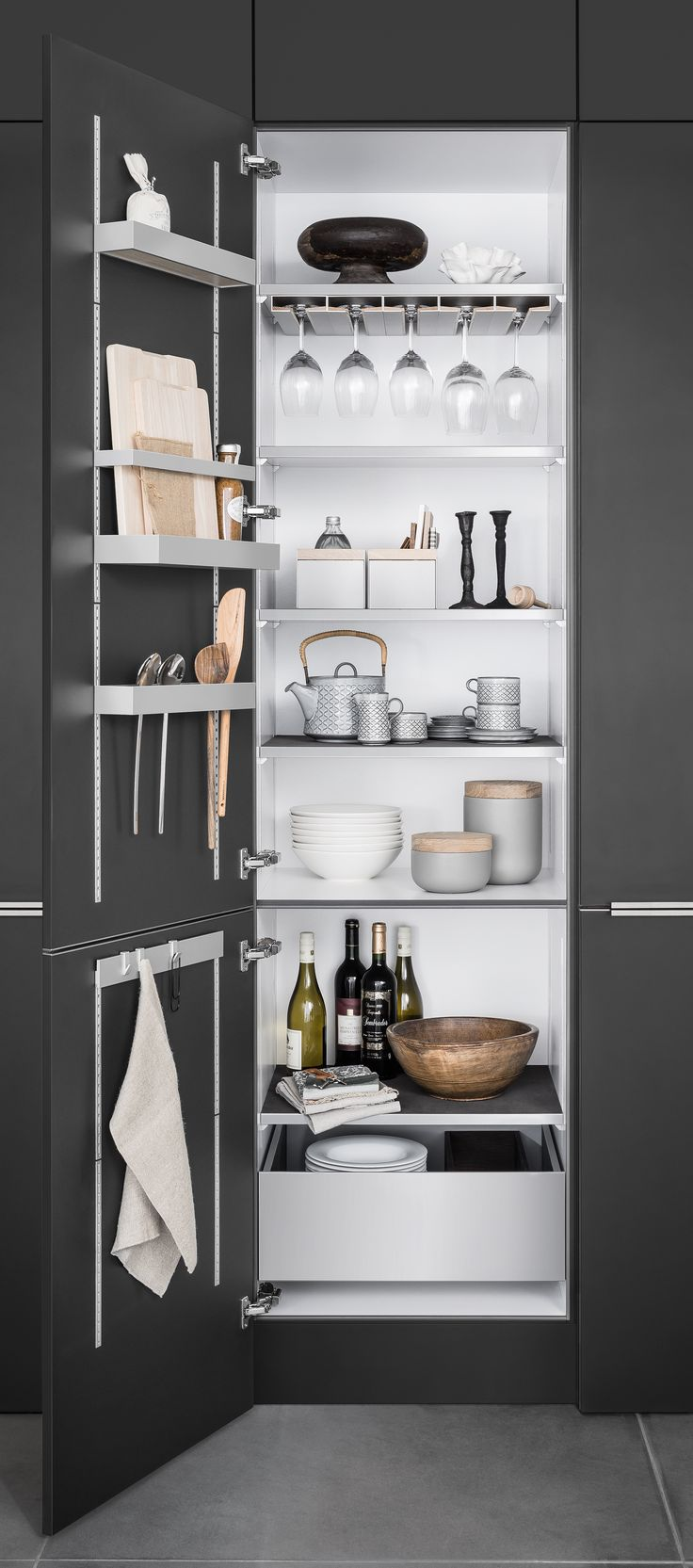 Kitchen cabinet storage from SieMatic of Germany | Remodelista