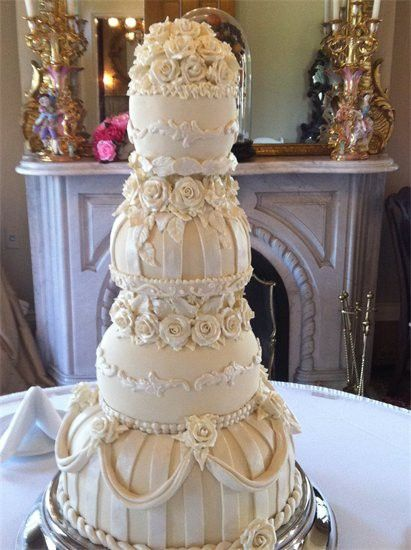 22 best images about over the top wedding cakes on pinterest cakes wedding cakes and arts bakery. Black Bedroom Furniture Sets. Home Design Ideas