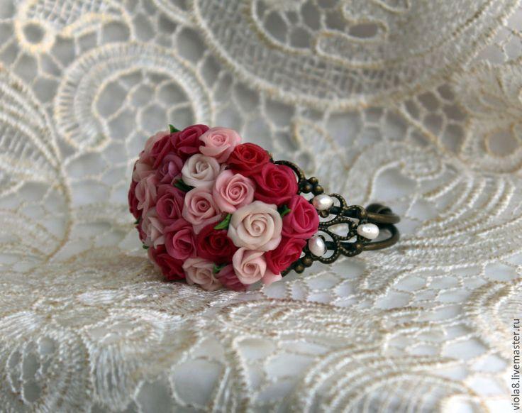 Купить Браслет жемчуг и розы из полимерной глины. - Браслет ручной работы, браслет с камнями