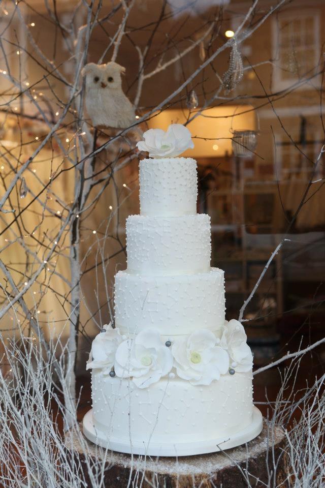 Mathilda Rose Lindfield Christmas Window 12 Cake Maison