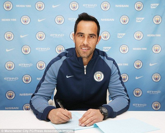 Claudio Bravo (CHI) - From Barcelona (ESP) to Manchester City (ENG) -  £17million - 2016