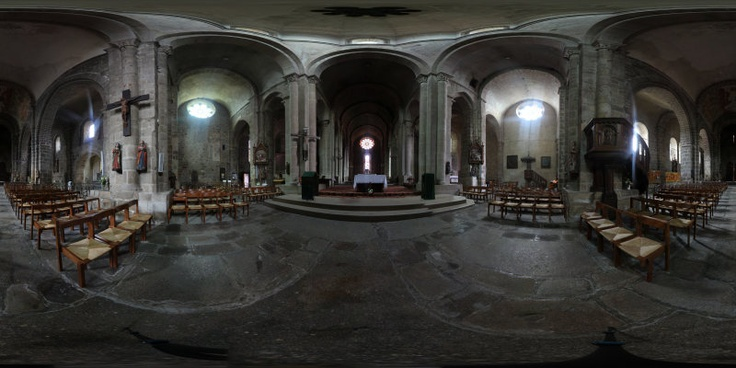 Panoramic 3D : Collégiale of St Junien (France)  Site :   www.axel-photo-art.com  Page Facebook :   www.facebook.com/axelphoto