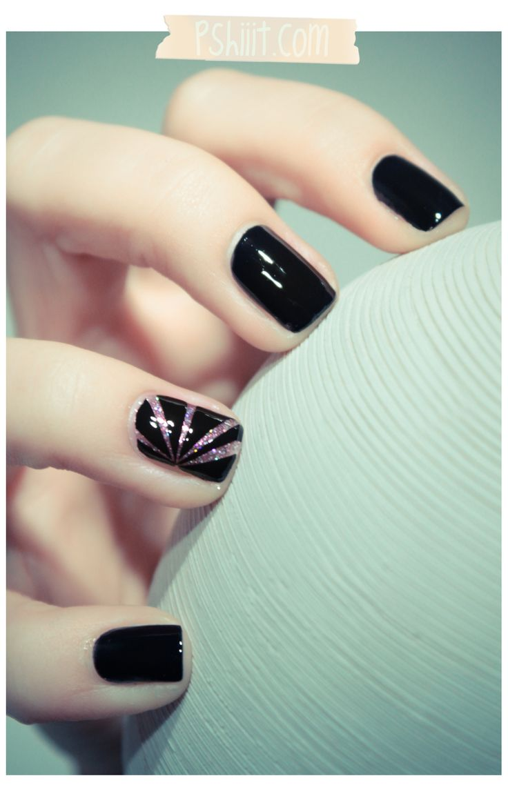 Loveee!!! I'm gonna have to get some glitter polish to do this next time I paint my nails black!: Nails Nails, Accent Nails, Rainbows Apparit, Glitter Nails, Black Nails, Nails Ideas, Nails Polish, Nails Art Design, Fingers Nails