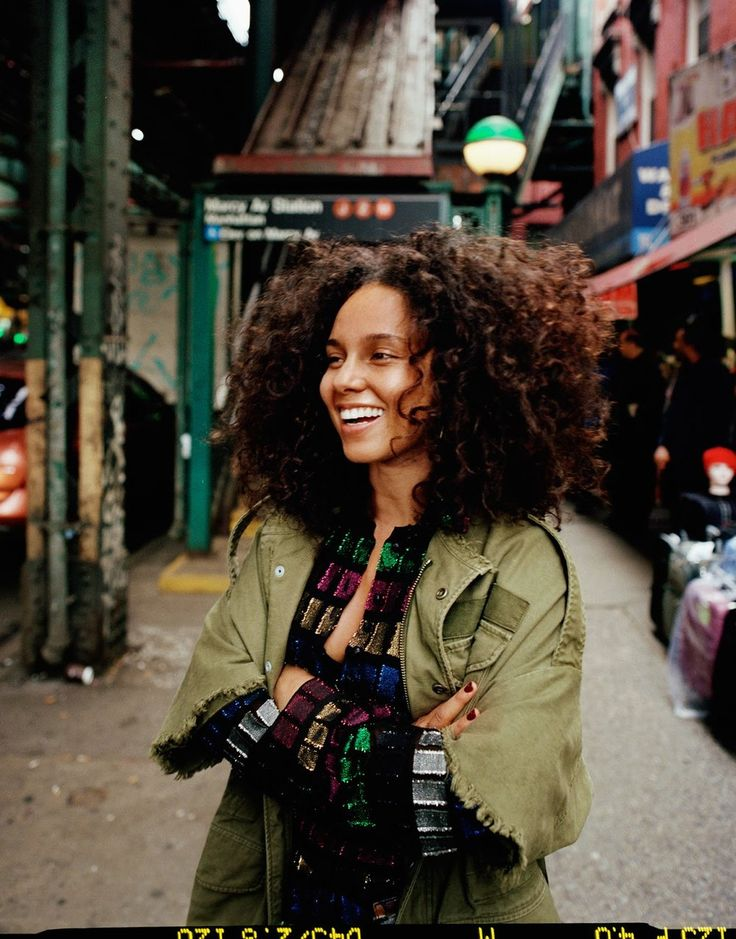 Alicia Keys On #no makeup, 'Here' & Empowerment, Lensed By Quentin de Brey — Anne of Carversville