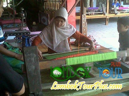 desa Sukarare Lombok Yang masih menjaga kebudayaan Lombok.