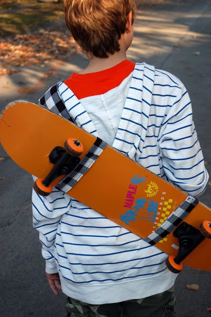skateboard sling tutorial. Click on link for tutorial. http://kojo-designs.com/2011/11/gfg-guest-tutorial-skateboard-sling-by-the-boy-trifecta-2/