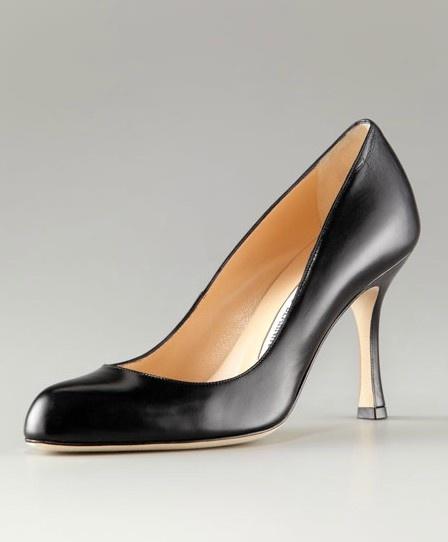 manolo blahnik cheap shoes, blahnik pumps outlet $199, Manolo Blahnik Round Toe Leather Pump