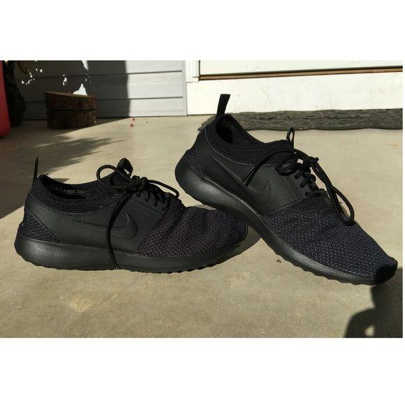Nike juvenate TXT Super cute all black nikes. Nike Shoes Athletic Shoes