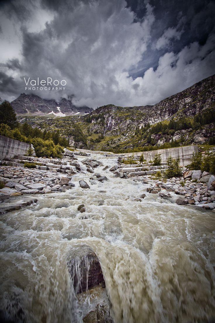 Macugnaga ~ Piemonte - Italy. Photo by me: https://www.facebook.com/valeroophotography Video here: http://youtu.be/CI2IoFl_6Oc ♦♦♦ Foto mia: https://www.facebook.com/valeroophotography Video qui: http://youtu.be/CI2IoFl_6Oc