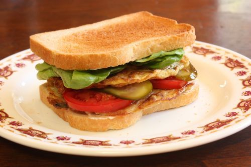 St. Paul Sandwich Recipe (Egg Foo Yung Sandwich)--- This is very good and mostly gets it in St. Louis Chinese places.: Recipes Eggs, Eggs Foo, Asian Restaurant, Missouri Recipes, Restaurant Recipes, Sandwiches Recipes, Eggs Fu, Foo Yung, Sandwich Recipes