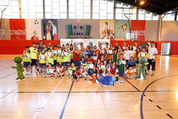 """Cetelem despide la temporada de la Escuela """"Baloncesto para Todos"""" hasta septiembre con la II Jornada IntregAcción, impulsada en colaboración con la Fundación Síndrome de Down de Madrid y Fundación Estudiantes."""