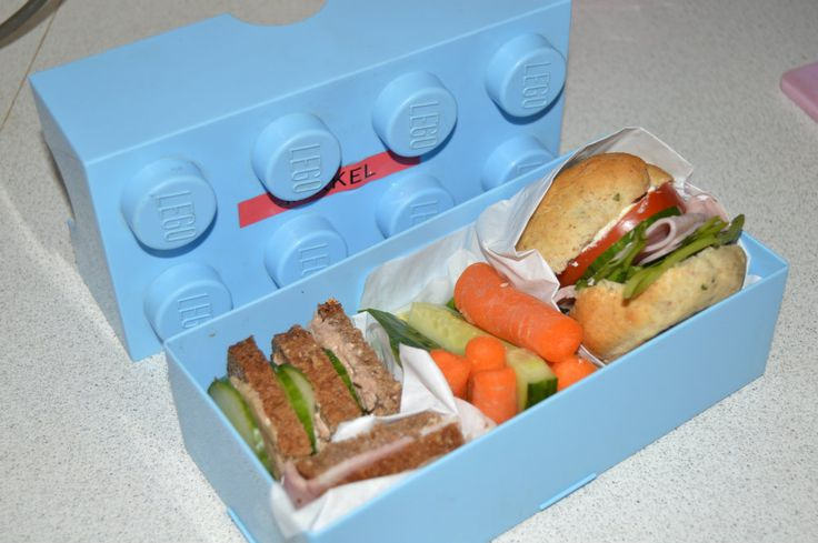 Madpakke med Pindemad og Skinke sandwich http://sundemadpakker.dk/madpakke-med-pindemad-og-skinke-sandwich/