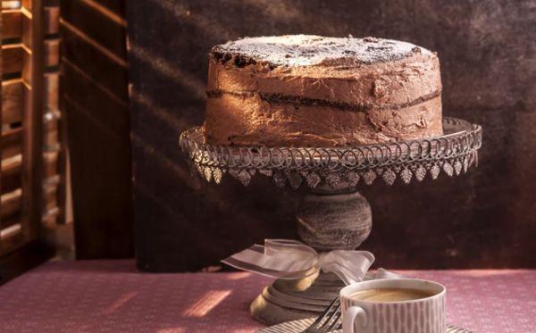 Ponúkame vám zopár rád a overených trikov, s ktorými sa pečenie slávnostnej alebo aj všednej torty určite podarí.