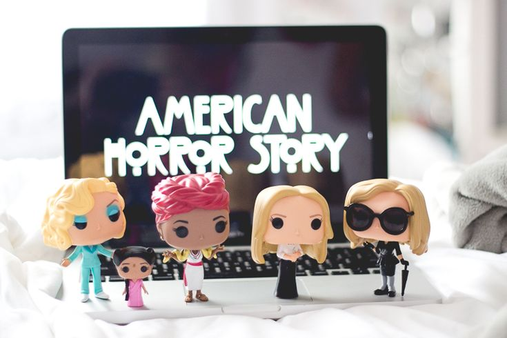 Funko Pop de personagens de American Horror Story (AHS): Elsa Mars & Ma Petit, Marie Laveau, Cordelia Foxx e Fiona Goode