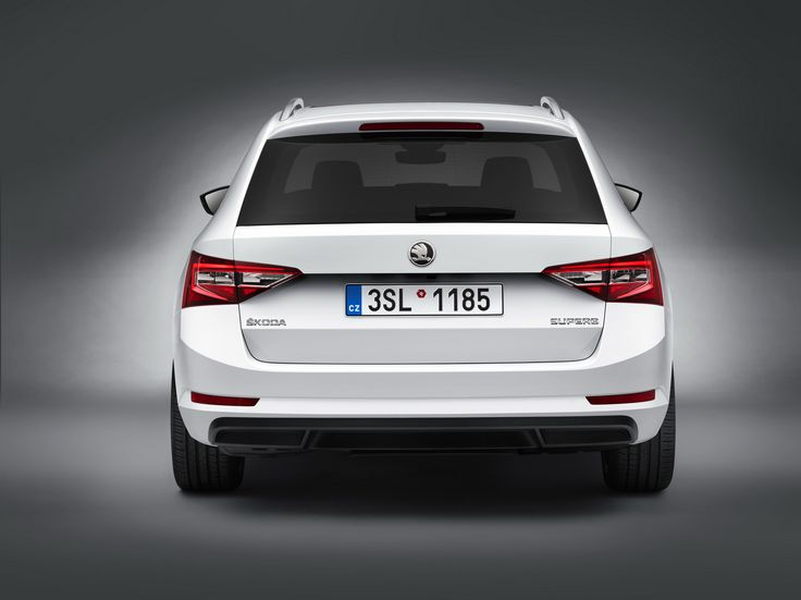 New #ŠKODA #Superb #Combi also boasts the best selection of space in its segment. Photo credit to ŠKODA